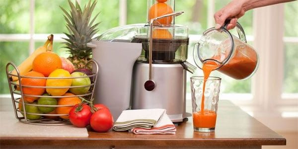 Kuinka valita hedelmä- ja vihannesten hedelmämehu - yleiskuvan keskipako- ja ruuvimalleista
