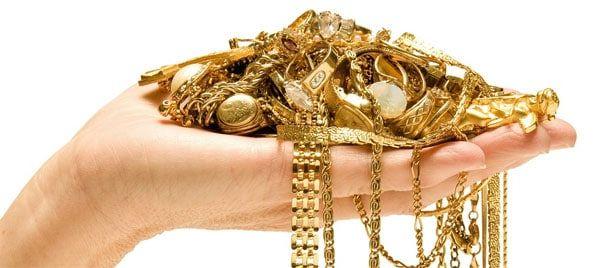 hvordan renser man guldsmykker