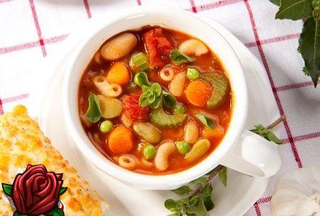 italiensk suppe med pasta