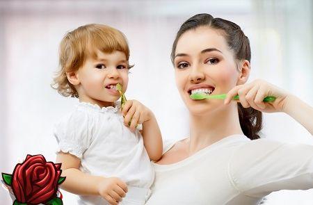 Cum să-i înveți pe un copil să-și spele dinții fără țipăt și isterie?