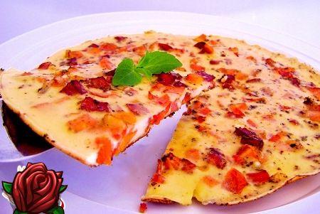 Omelett med pølse: smaken av en solid frokost