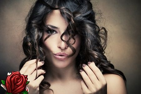 Maska matiem ar medu un olīveļļu: burvju biezas un spīdīgas cirtas