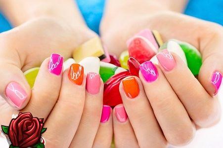 Manicure simples: clássico ou criativo? Escolha o seu estilo