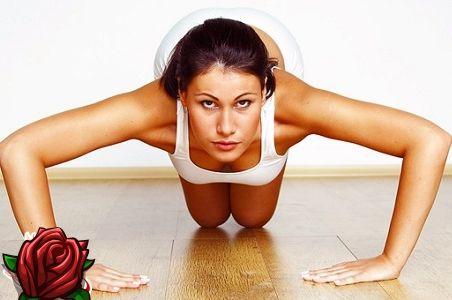 Harjutused kätele ilma hantlid: püüdke täiuslik vormid