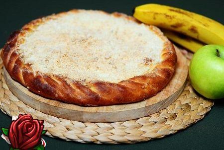 Omenat ja banaanit - herkullinen täyttö piiraalle